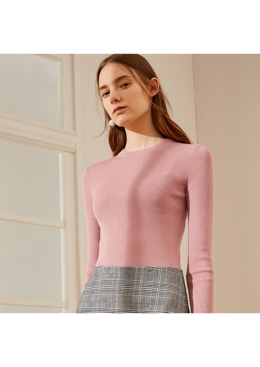 pink color long sleeve sweater for women