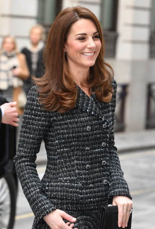kate's black style