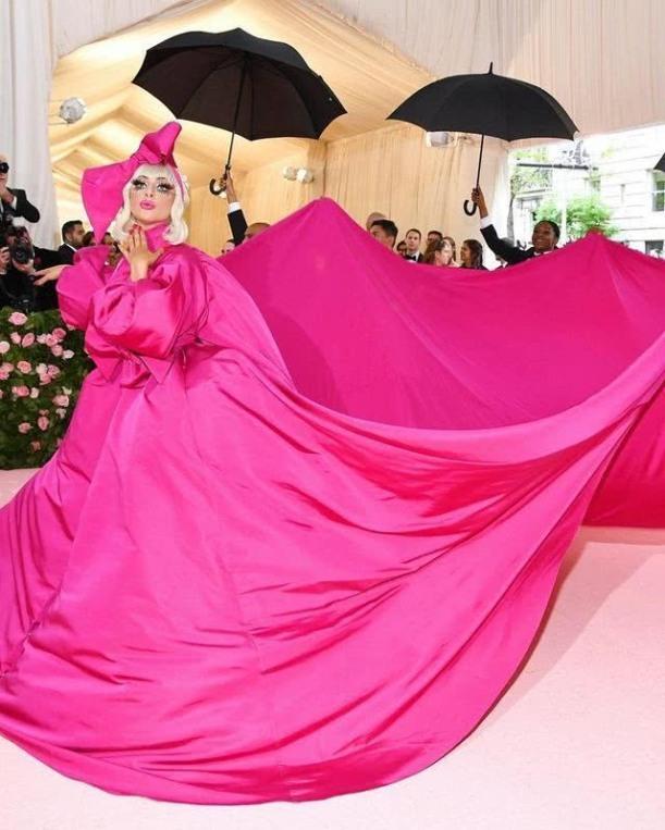 Lady Gaga's rose red dress