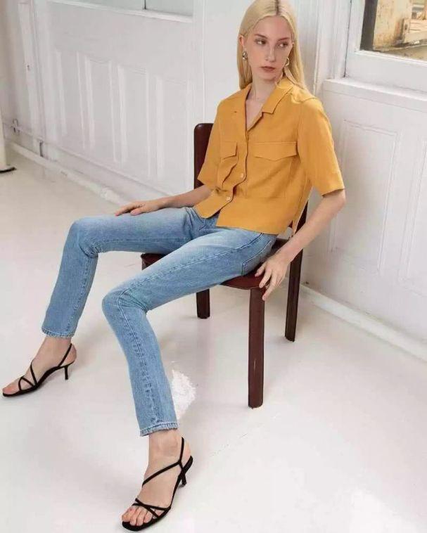 mellow yellow shirt.jpg